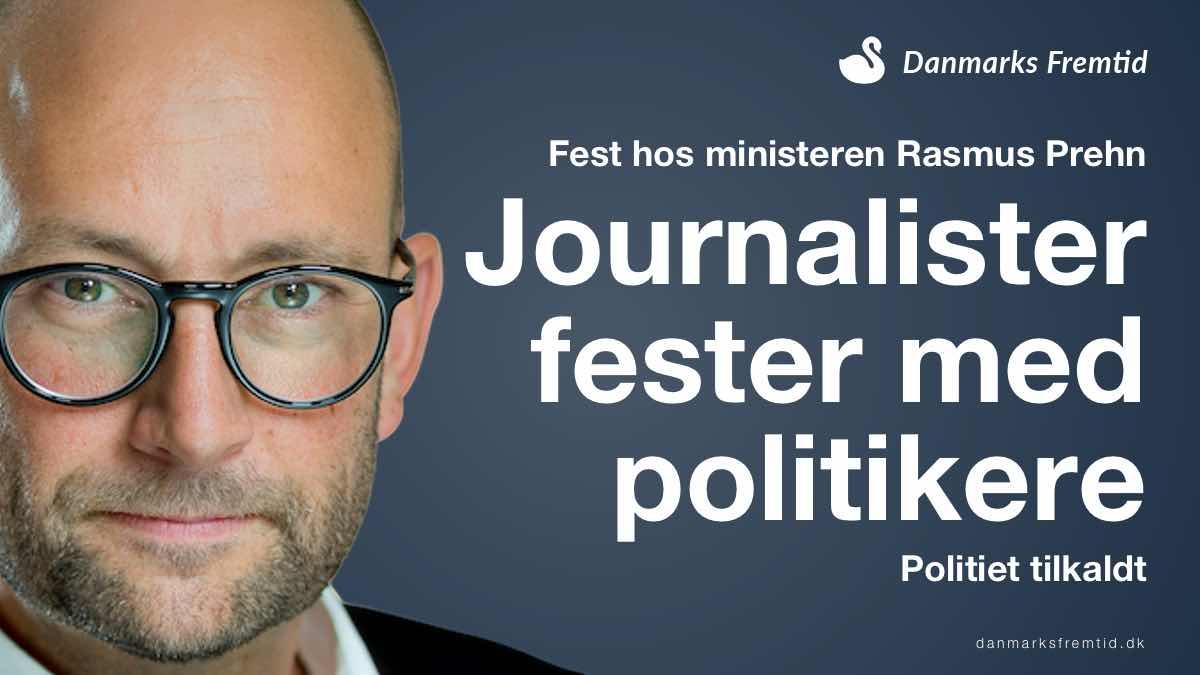 Journalister fester med politikere